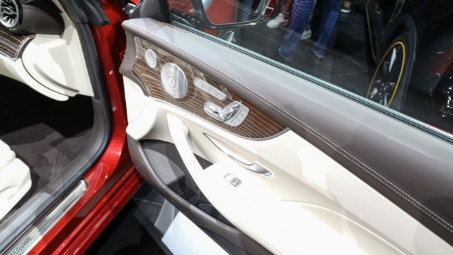 مرسيدس تطلق E-Class كوبيه الجديدة في معرض ديترويت