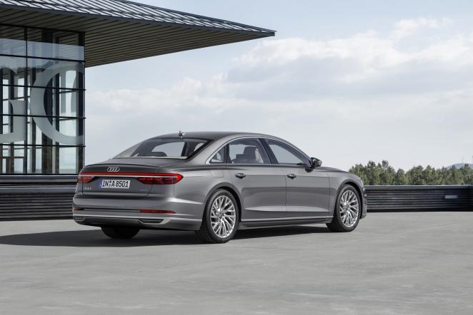 مواصفات Audi A8