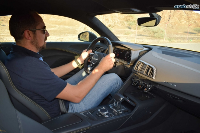 تجربة قيادتنا لسيارة اودي R8