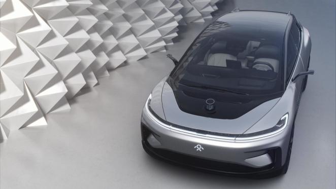 فاراداي فيوتشر تكشف عن سيارتها الكروس أوفر FF 91