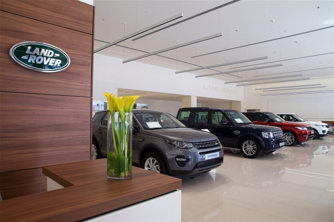 جاكوار لاند روڤر تُعلن عن افتتاح مركز للسيارات المستعملة المعتمدة في دبي