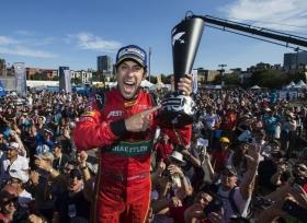 حصد  لوكاس دي جراسي على لقب بطولة العالم للفورمولا E لموسم 16\17