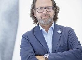 اصبح رئيس التصاميم الخارجية في فولكس واجن  رئيسا للمصمّمين في سكودا