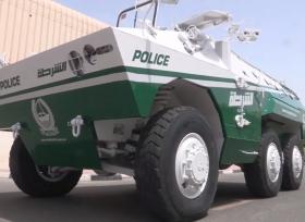 شرطة دبي تضم الى اسطولها دبابة ومدرعة
