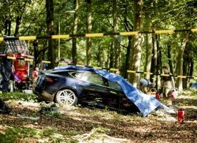 تيسلا موديل S  الجديدة تتعرض لحادث مؤسف