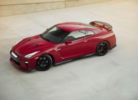 الكشف عن نيسان نسخة الحلبات Track الجديدة من GT-R