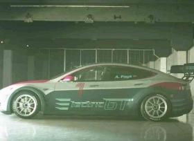 تيسلا تكشف رسميا عن موديل S المخصصة لسباقات GT الكهربائية
