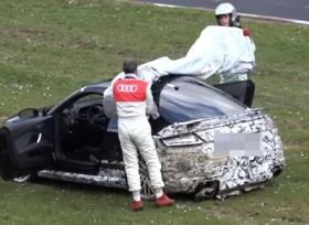أودي TT RS تتعرض لحادث على حلبة نوربرجرنج