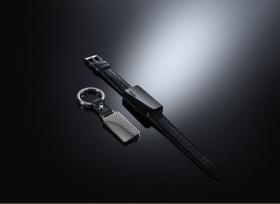 ملامح جديدة للتكنولوجيا القابلة للارتداء طرح الوحدة النشطة للمفاتيح Montblanc for BMW