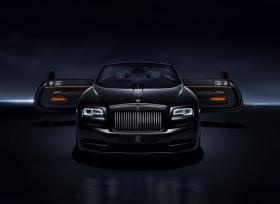 """رولز رويس موتور كارز دبي تستعرض تجربة قيادة سيارات """"بلاك بادج""""  على حلبة دبي أوتودروم"""