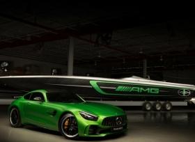 مرسيدس AMG و Cigarette تكشفان عن قارب مستوحى من AMG GT R