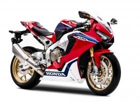 الفطيم هوندا تطلق دراجة CBR1000RR الجديدة
