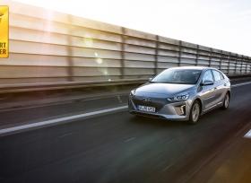 دراسة حديثة تتوّج أيونك إلكتريك من هيونداي بلقب أكثر السيارات الكهربائية قيمة
