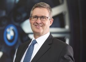 مجموعة BMW تعزّز نموها الإقليميّ بتحقيق ارتفاع بنسبة 11% في مبيعات عام 2015