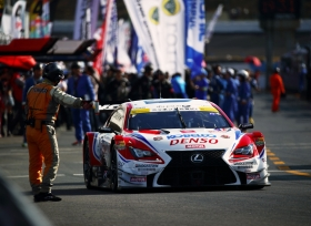 لكزس RC F رقم 39 تُحرز المركز الأول في الجولة الختامية في فئة جي تي 500