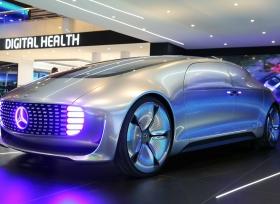 اتصالات وسيارات مرسيدس بنز الشرق الأوسط تكشفان لأول مرة عن رؤية للتنقل في المستقبل