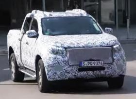 فيديو تجسسي لسيارة مرسيدس البيك أب الجديدة