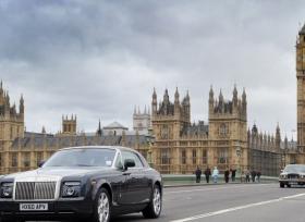 رولز رويس فانتوم سعودية تتعرض للسرقة في لندن