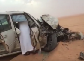 حادث مروع بين لاندكروزر و اف جيه كروزر فى السعودية