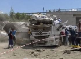 شاحنة تتعرض لحادث مروع في تركيا