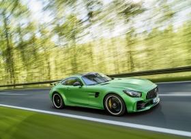 سيارة GTR الجديدة من مرسيدس AMG أيقونة وُلدت من قلب الجحيم الأخضر