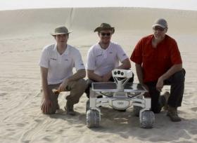 رحلة أودي الى القمر اختبار مركبة أودي القمرية Audi Lunar quattro في قطر