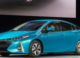 تويوتا تبتكر طريقة جديدة لزيادة عمر بطاريات السيارات الكهربائية
