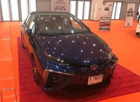 الفطيم للسيارات تعرض سيارة تويوتا عديمة الانبعاثات الكهربائية في معرض ويتيكس