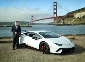 رئيس شركة لمبرجيني يناقش مستقبل عشاق السيارات